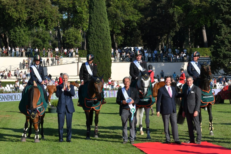 Prize Giving Nations Cup PhSimoneFerraro CONI