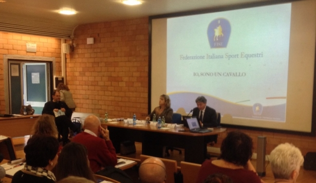 RIABILITAZIONE EQUESTRE: Grande successo per il seminario di Roma